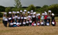 Des élèves de la Roche-Mabile ont lâché près de 500 mulettes dans le Sarthon !